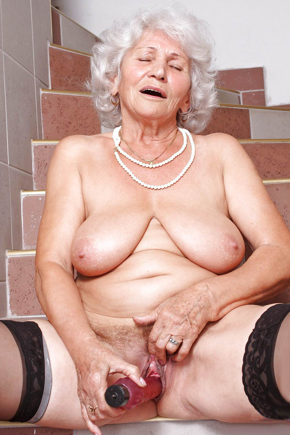 3d granny porno gallery naked movie